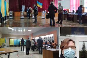 КРЦ: В Україні проходять місцеві вибори та довибори в Парламент